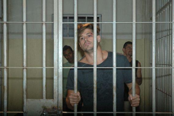 Dado-Dolabella-é-condenado-a-2-anos-e-9-meses-de-prisão-por-agressão-à-Luana-Piovani